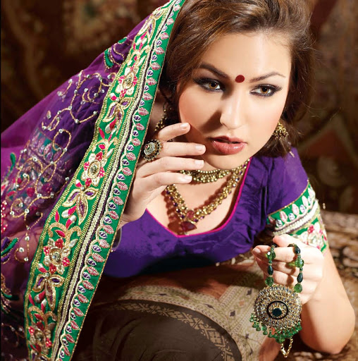 Blushing Bride Hunar