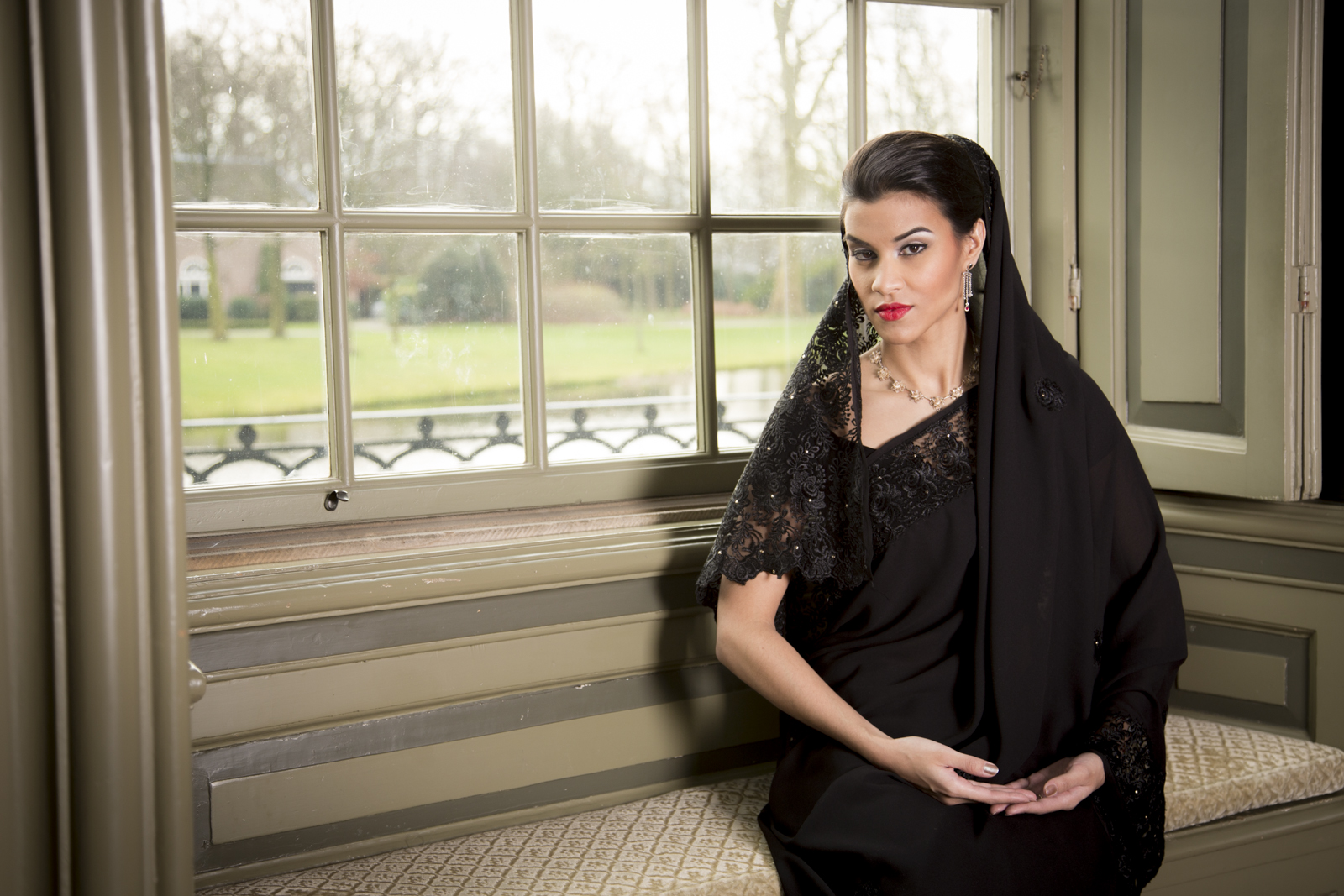 Soraya - The Fashion Orientalist - Photography @ 2014 Roeland Topée | ZinneBeelden