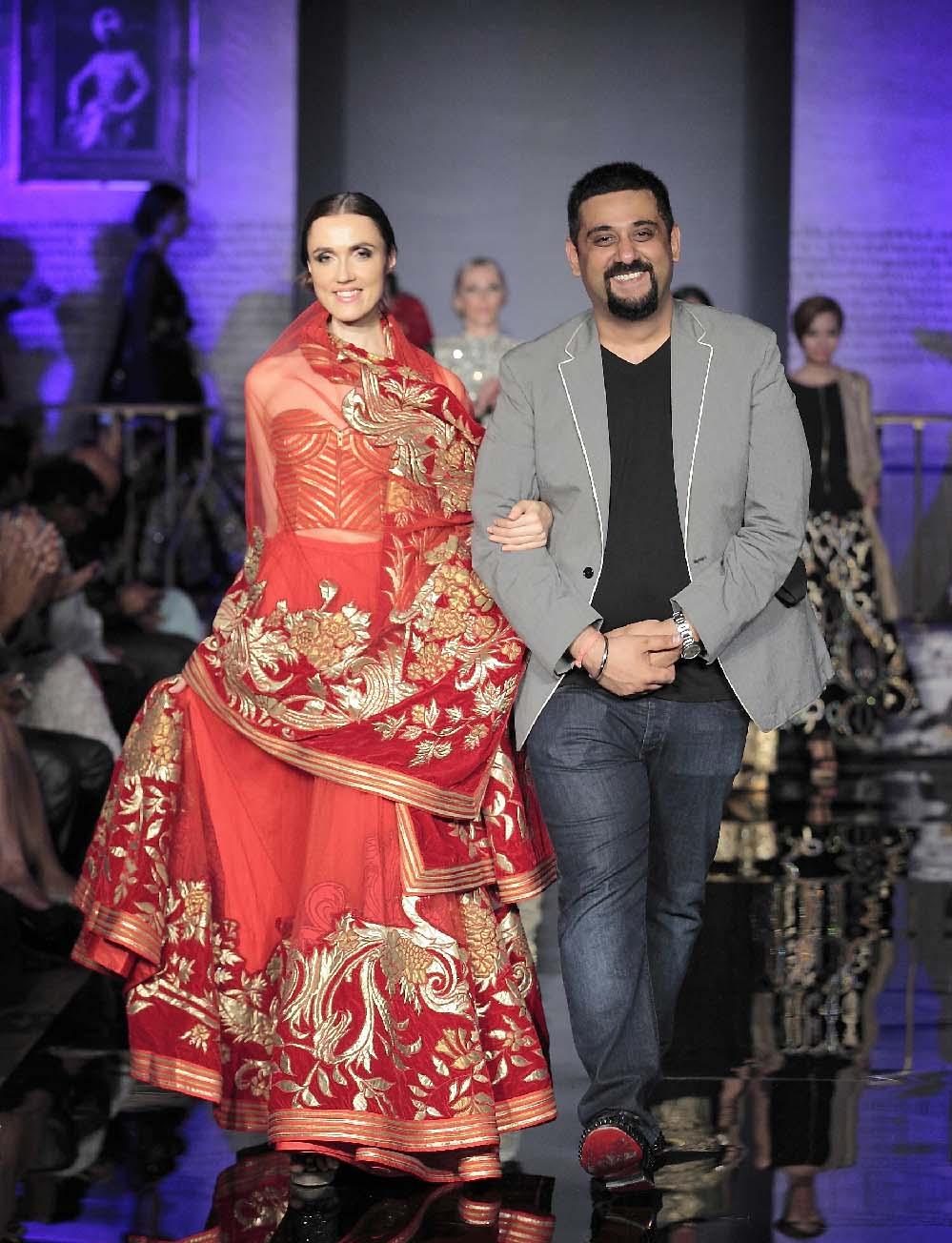 The Splendid Indian Closet Fashion Tour 2014 - Siddartha Tytler