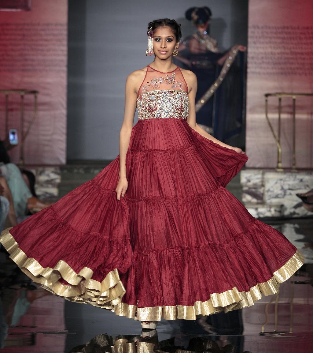 The Splendid Indian Closet Fashion Tour 2014 - Suneet Varma - Image by Gustavo Villar