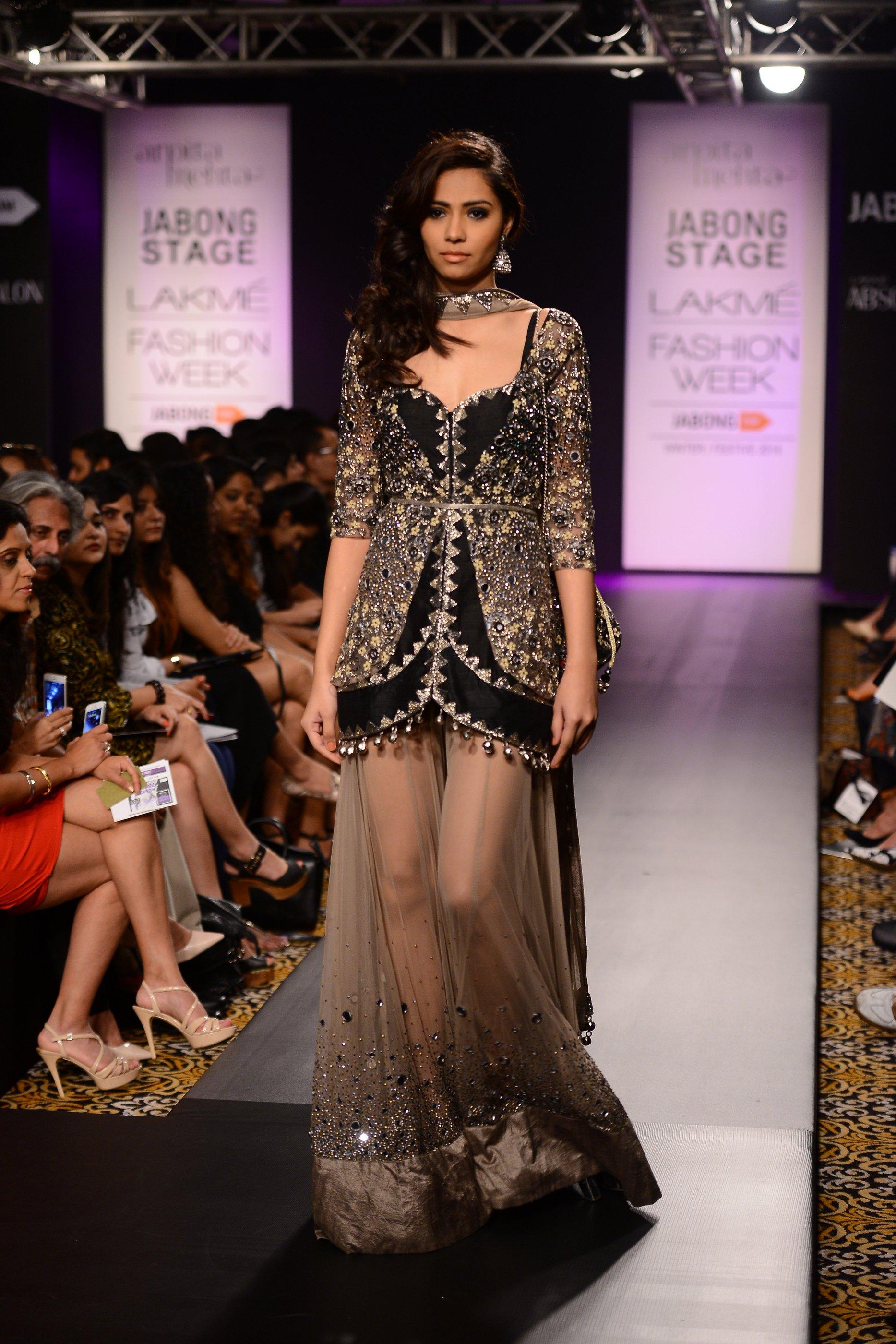 "Arpita Mehta's ""STARLIGHT"" at the Winter Festive Lakme Fashion Week 2014"