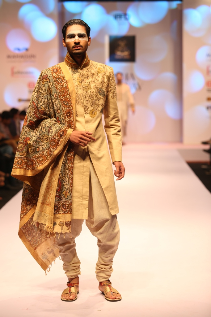 Sagar Tenali - India Runway Week 2015