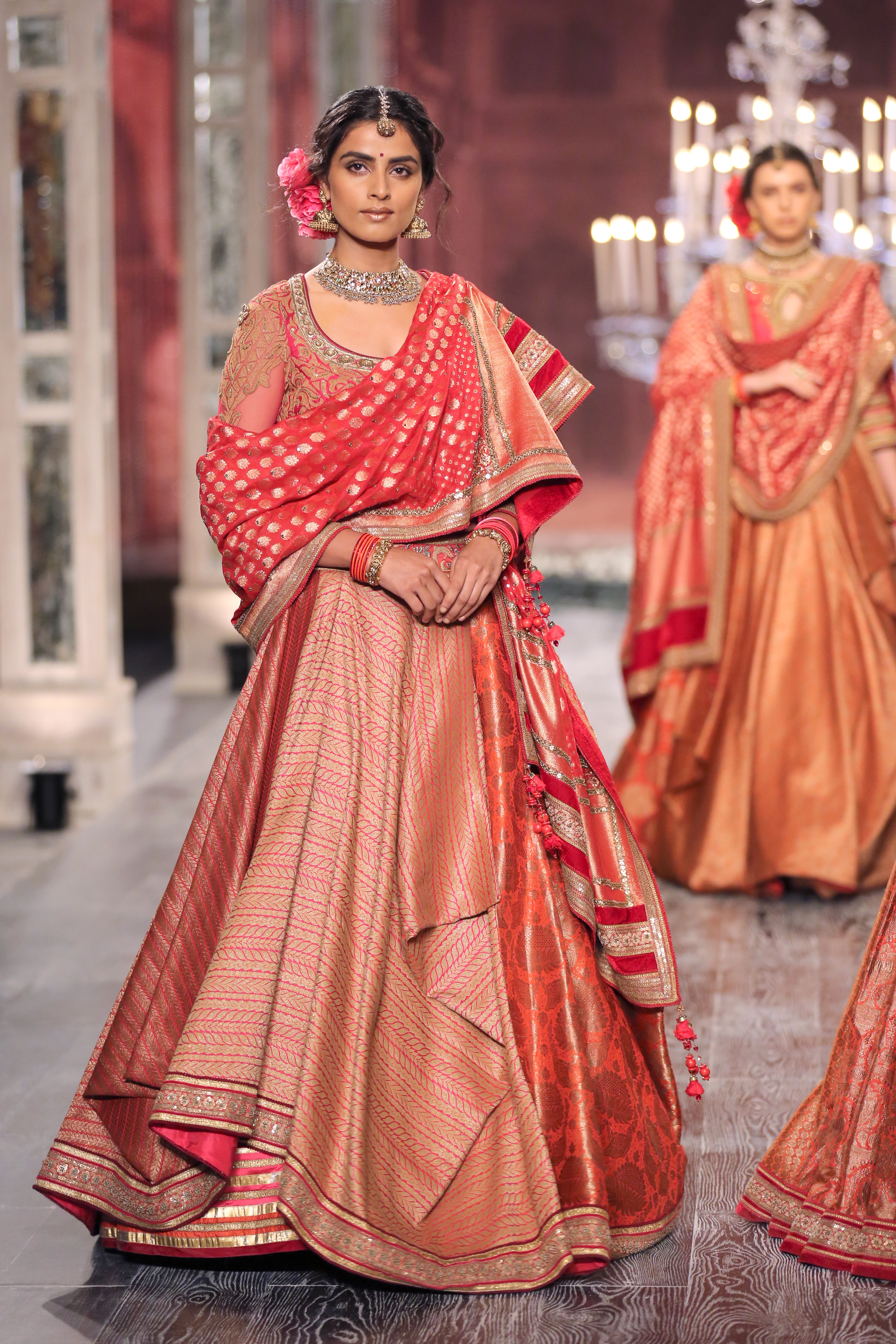 Tarun Tahiliani 'The last dance of the courtesans' showcased at FDCI India Couture Week 2016