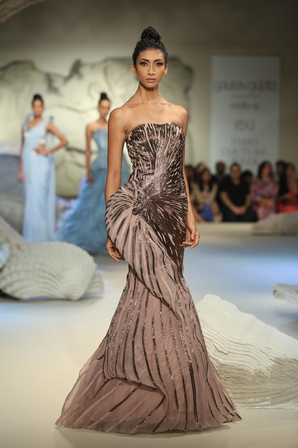 Gaurav Gupta - FDCI India Couture Week 2016