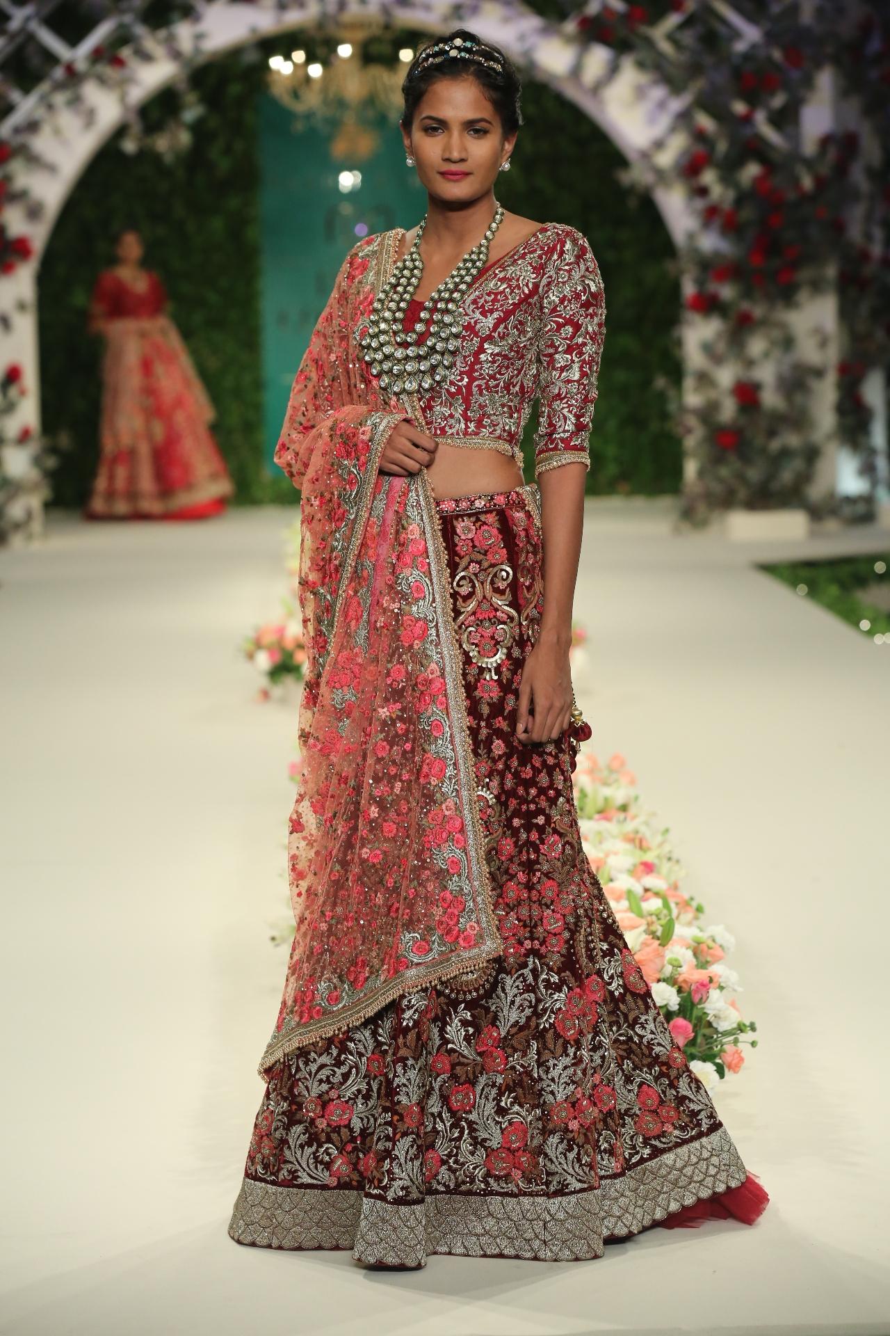 Varun Bahl 'Vintage Garden' - FDCI India Couture Week 2016
