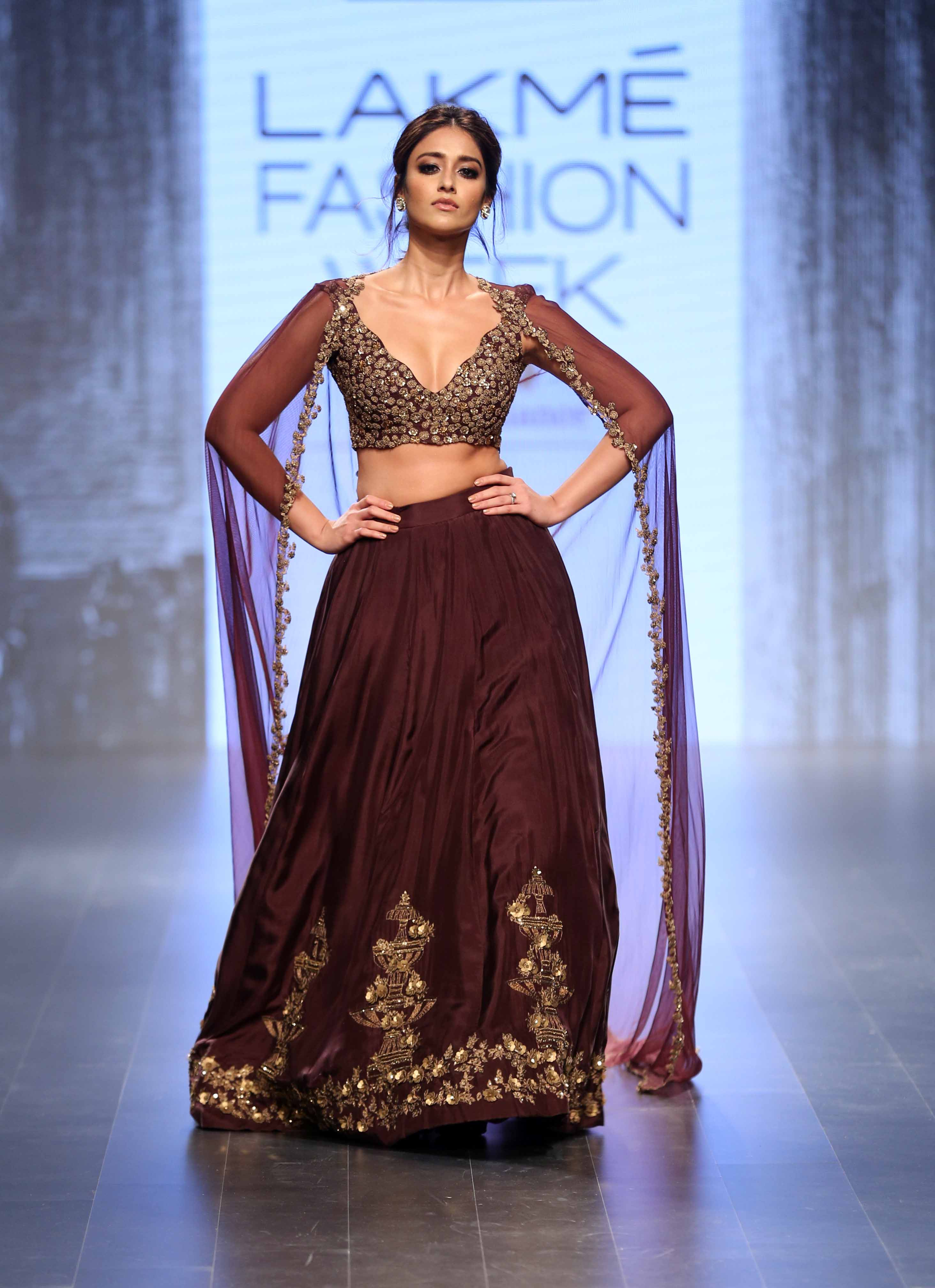 Ileana D'Cruz for Ridhi Mehra - Lakmé Fashion Week Winter-Festive 2016