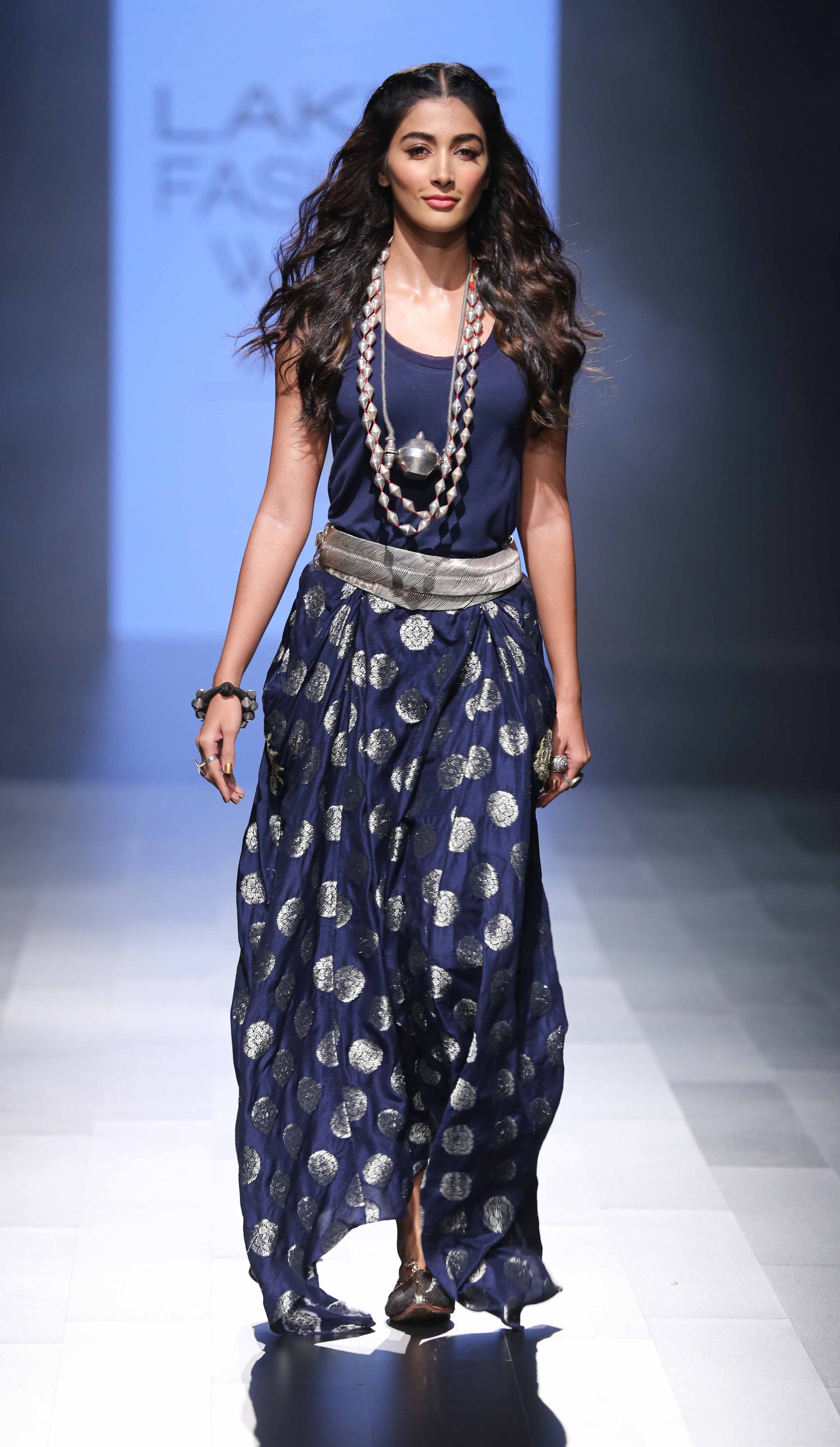 Pooja Hegde for Amoh by Jade - Lakmé Fashion Week Winter-Festive 2016