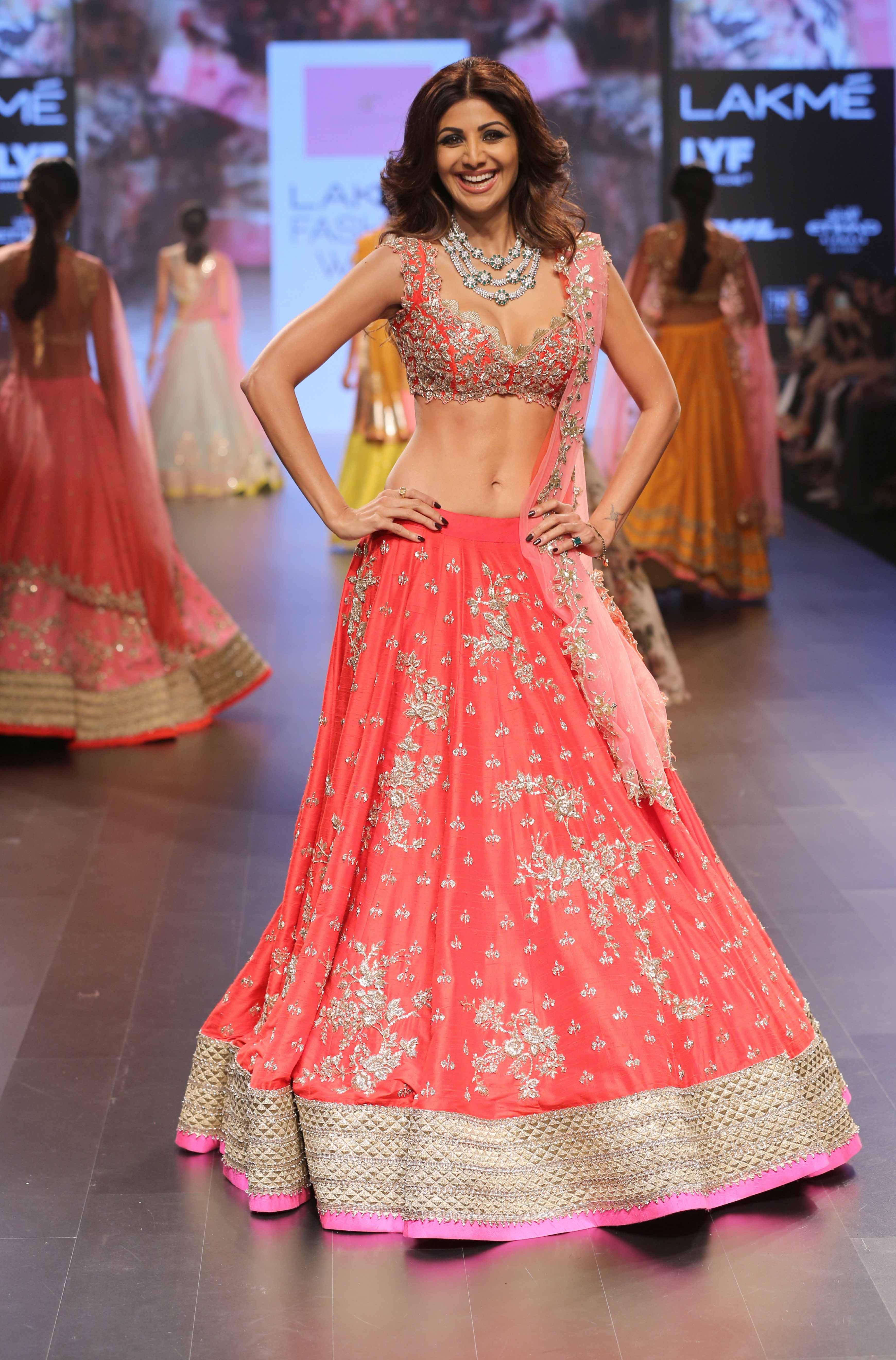 Shilpa Shetty for Anushree Reddy - Lakmé Fashion Week Winter-Festive 2016