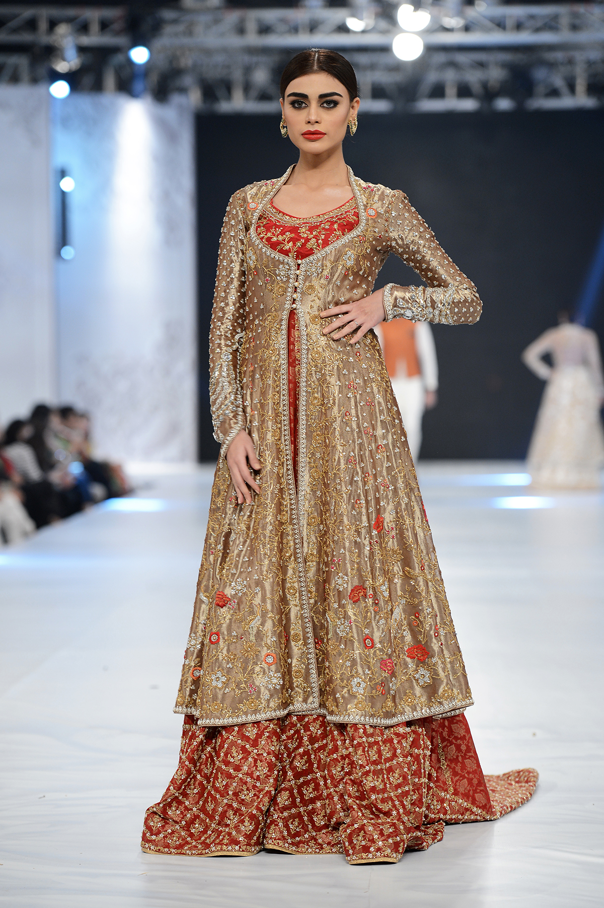 Sania Maskatiya - PFDC L'Oréal Paris Bridal Week - Photography by Faisal Farooqui, Dragonfly