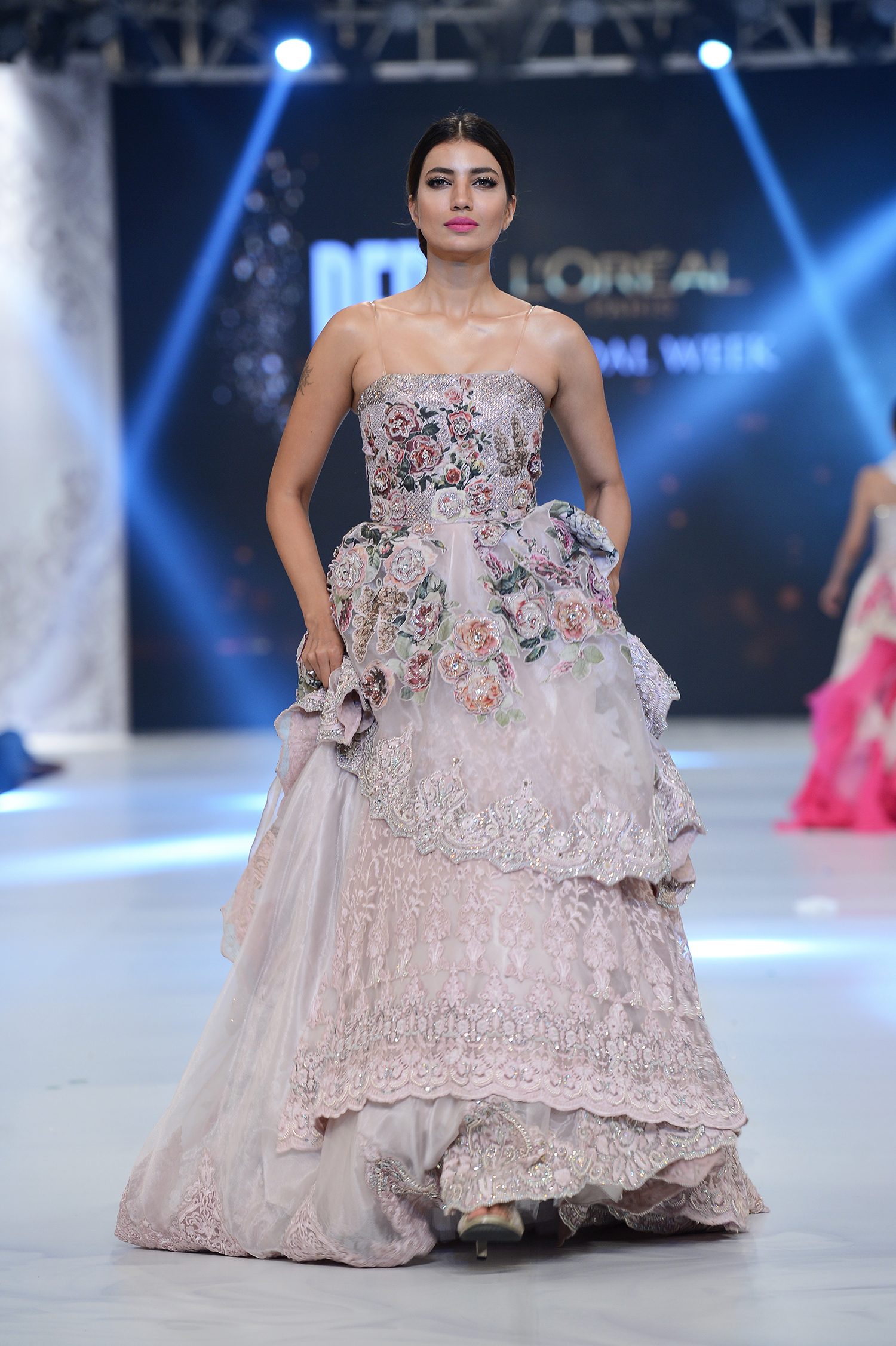 Sonia Azhar - PFDC L'Oréal Paris Bridal Week - Photography by Faisal Farooqui, Dragonfly