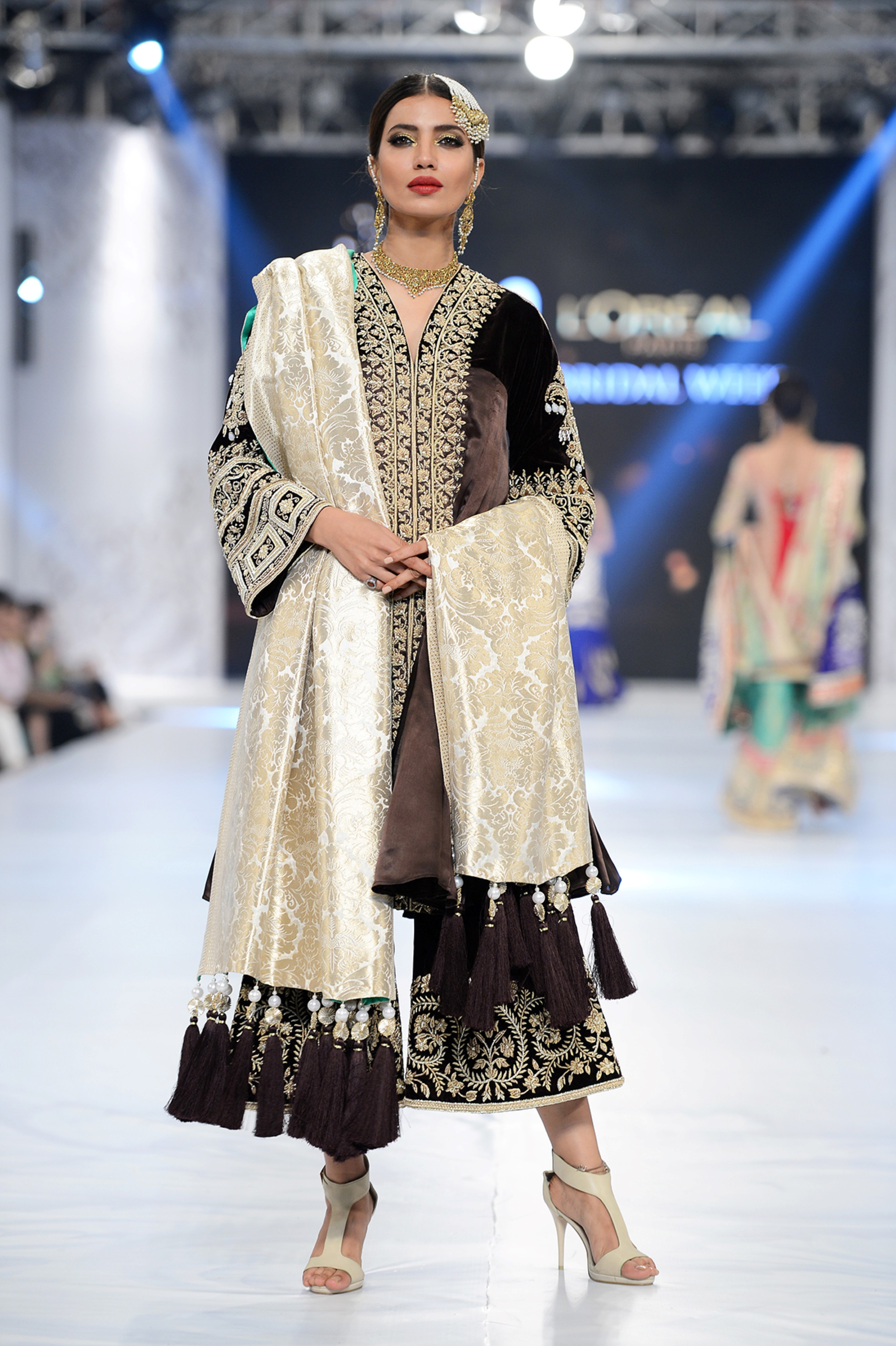The House of Kamiar Rokni - PFDC L'Oréal Paris Bridal Week - Photography by Faisal Farooqui, Dragonfly