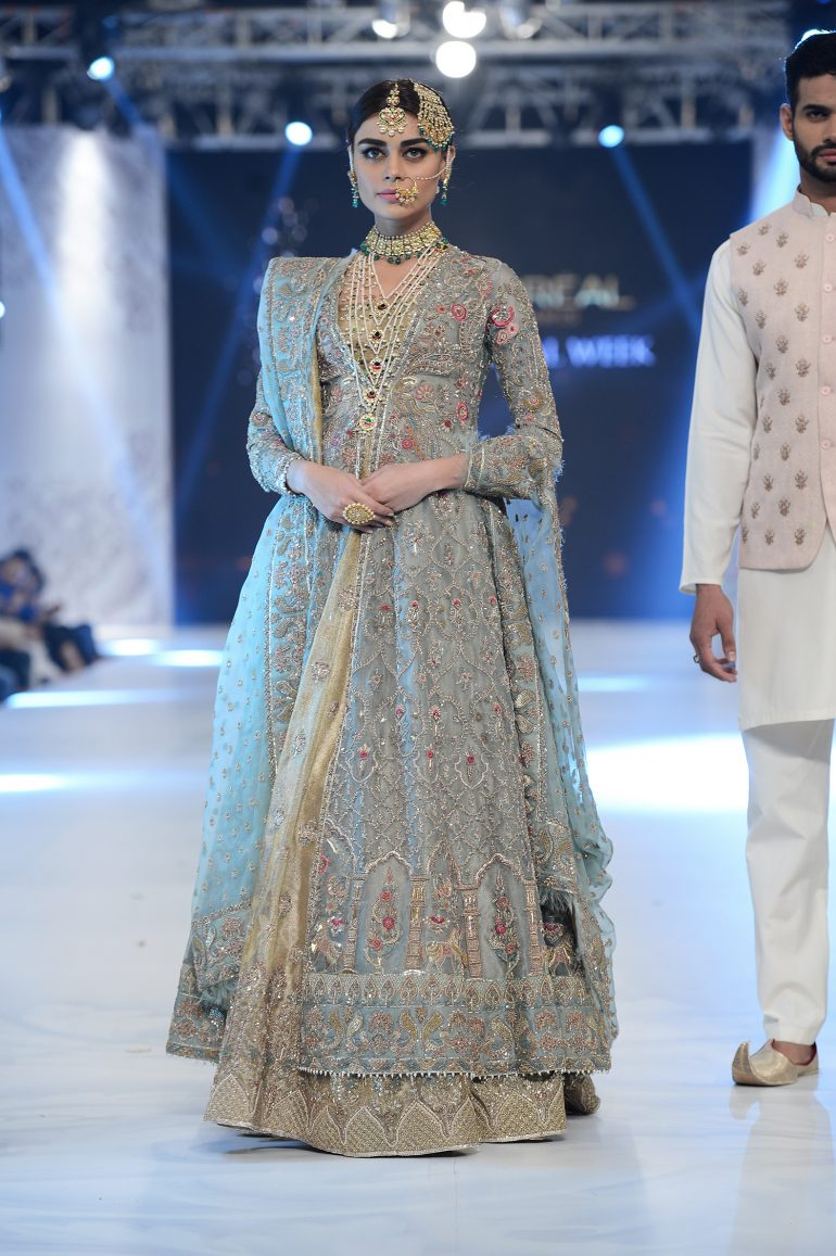 45fc8538 Zara Shahjahan - PFDC L'Oréal Paris Bridal Week - Photography by Faisal  Farooqui,