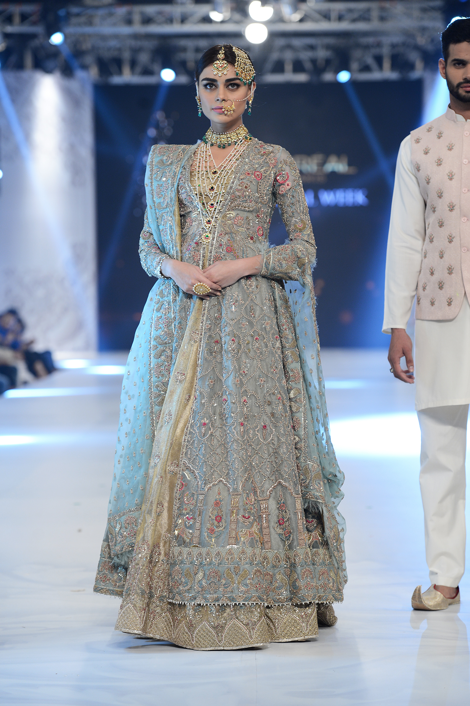 Zara Shahjahan - PFDC L'Oréal Paris Bridal Week - Photography by Faisal Farooqui, Dragonfly