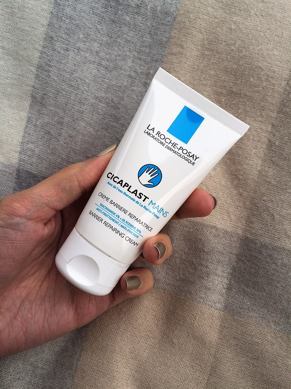 Best Skin Care Products: LA ROCHE-POSAY - Cicaplast hands