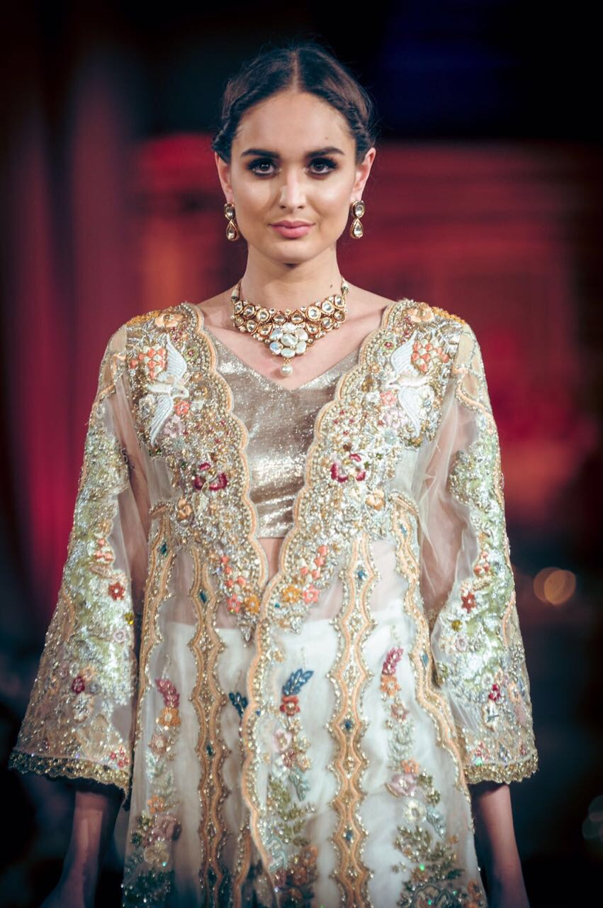 Tena Durrani 'A Rouge Affair' Bridal Collection -Photography by Rafyl, Jewellery: Jadau by Kanwal Toor - Fashion Parade London 2017