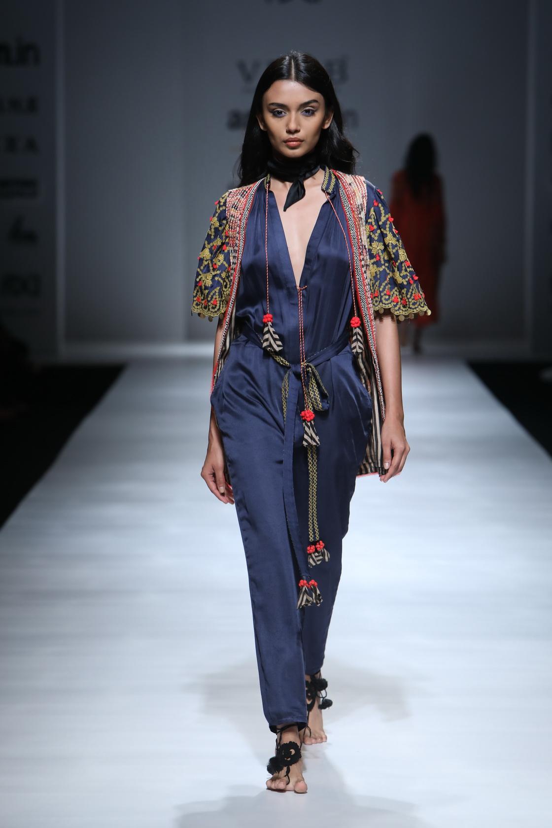 Verb by Pallavi Singhee - Amazon India Fashion Week AW17