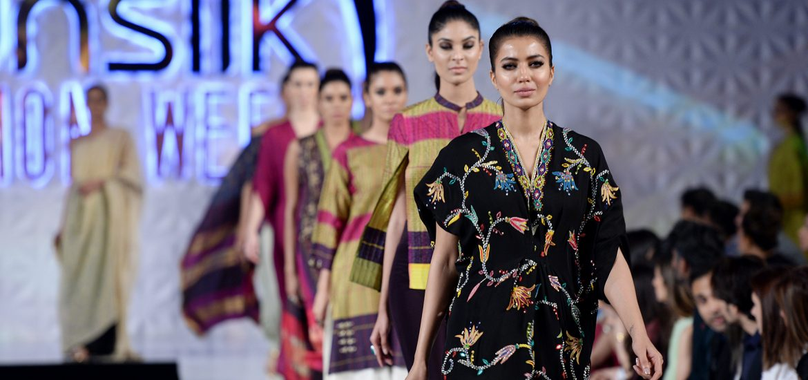 Misha Lakhani - PFDC Sunsilk Fashion Week 2017, Photography: Faisal Farooqui and his team at Dragonfly