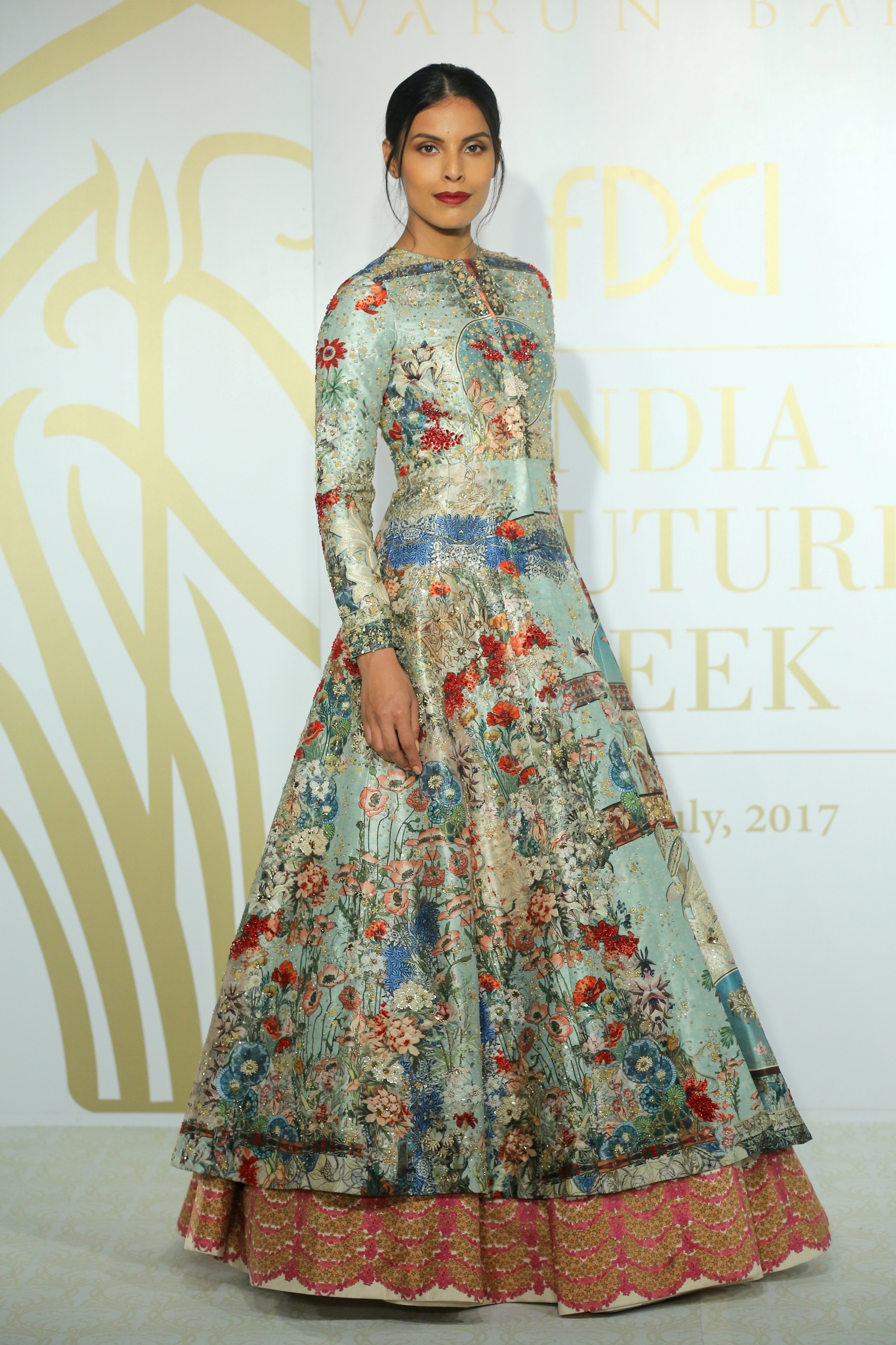 DREAM NOUVEAU by Varun Bahl @ FDCI India Couture Week 2017