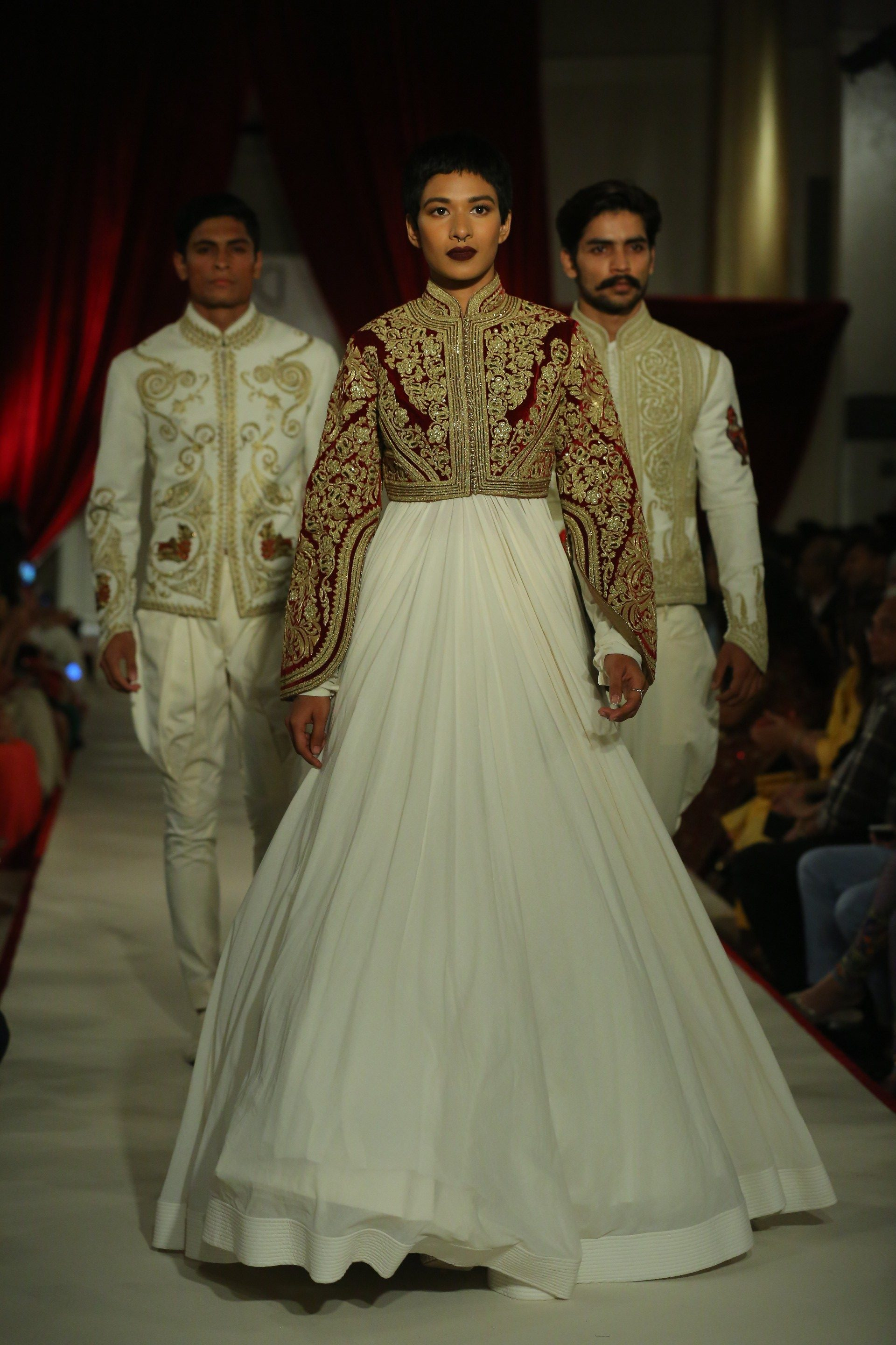 Designer Rohit Bal Showcasing his collection @ FDCI India Couture Week 2017