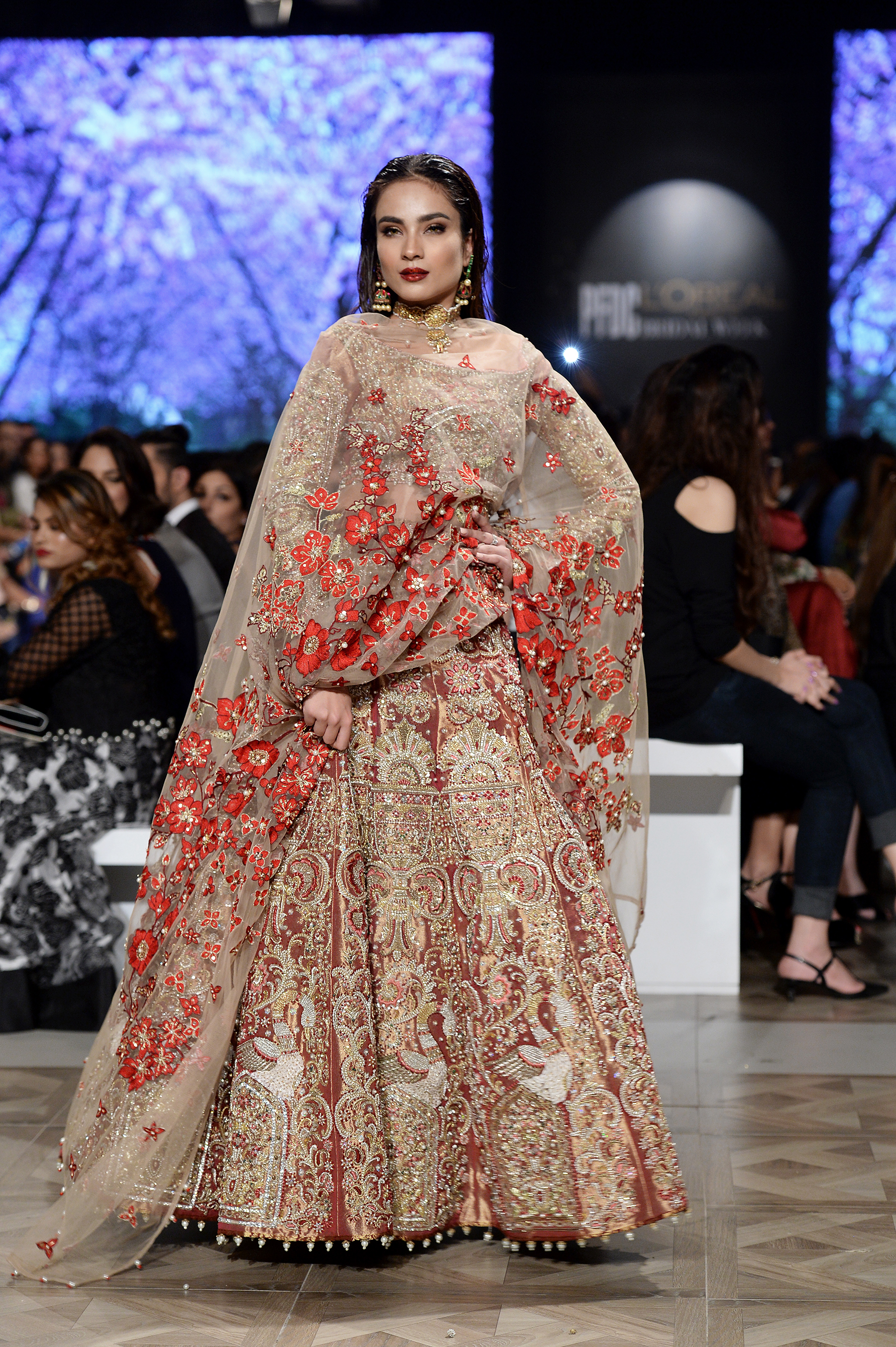 Ali Xeeshan Theater Studio - PFDC L'Oréal Paris Bridal Week 2017 - Photography by Faisal Farooqui and his team at DragonFly