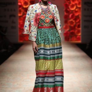 PERRIER PRESENTS PAYAL JAIN - Amazon India Fashion Week Spring Summer 2018 - FDCI