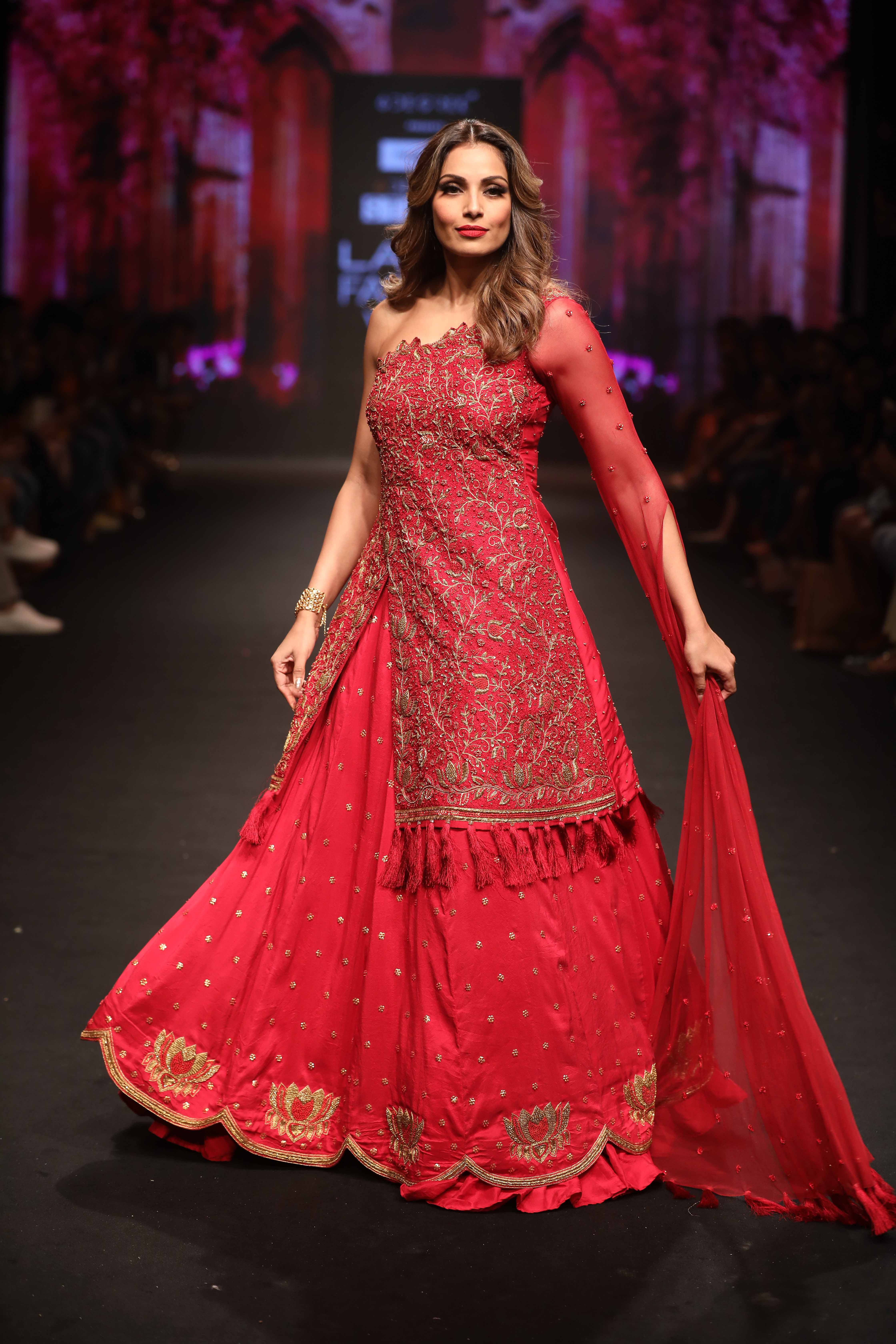 Showstopper Bipasha Basu walks for Reshma Kunhi in the Lotus collection at Lakme Fashion Week Summer Resort 2018