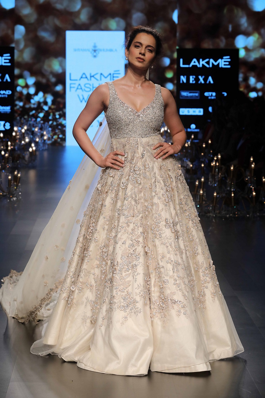 Showstopper Kangana Ranaut for Shyamal and Bhumika for the collection Wonderland at Lakme Fashion Week Summer Resort 2018