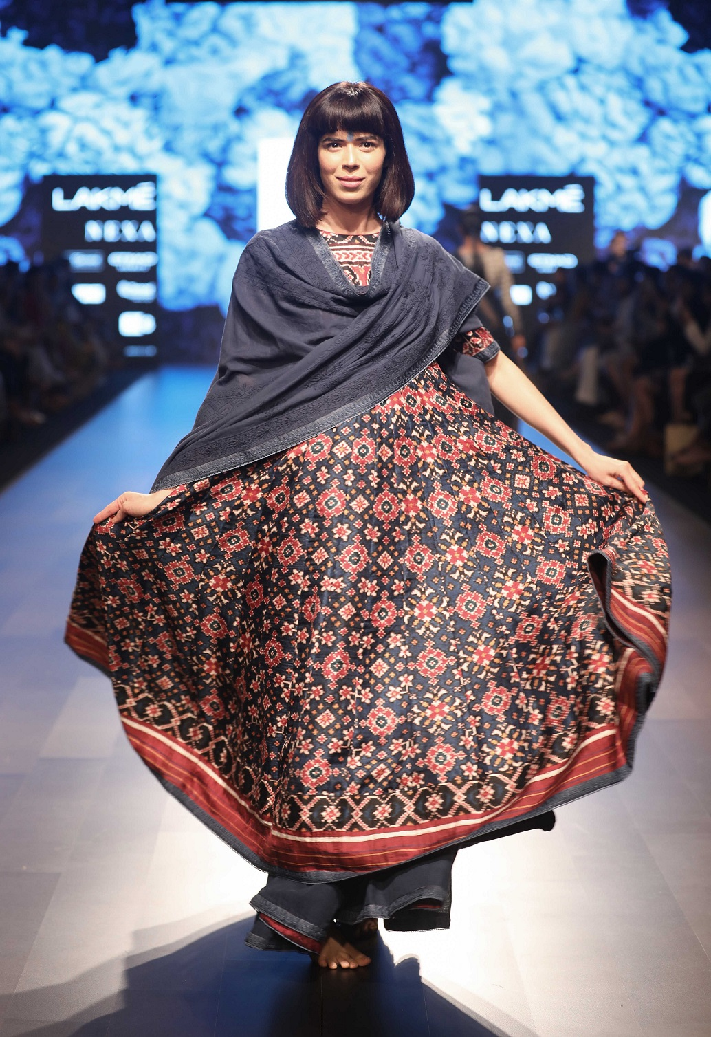 The Neel collection by Gaurang Shah at Lakme Fashion Week Summer Resort 2018