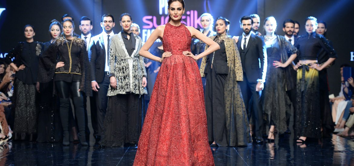 HSY - PFDC Sunsilk Fashion Week 2018 - Photography by Faisal Farooqui and his team at DragonFly