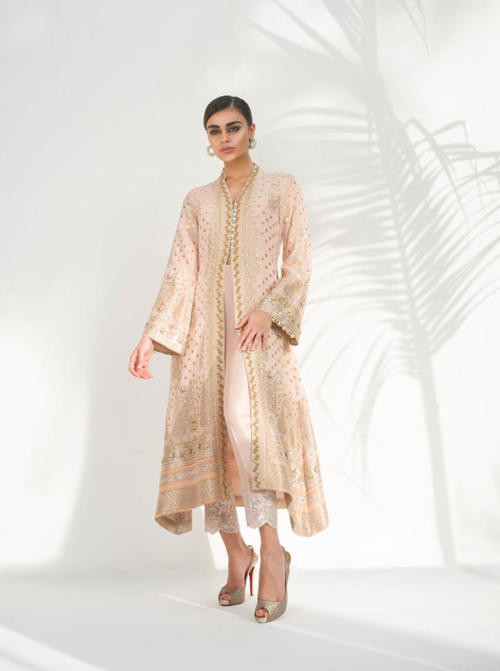Sania Maskatiya Eid Collection 2018 - AMILA - Photography by Shahbaz Shahzi