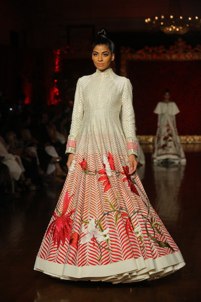GULDASTAH By Designer Rohit Bal at FDCI India Couture Week 2018