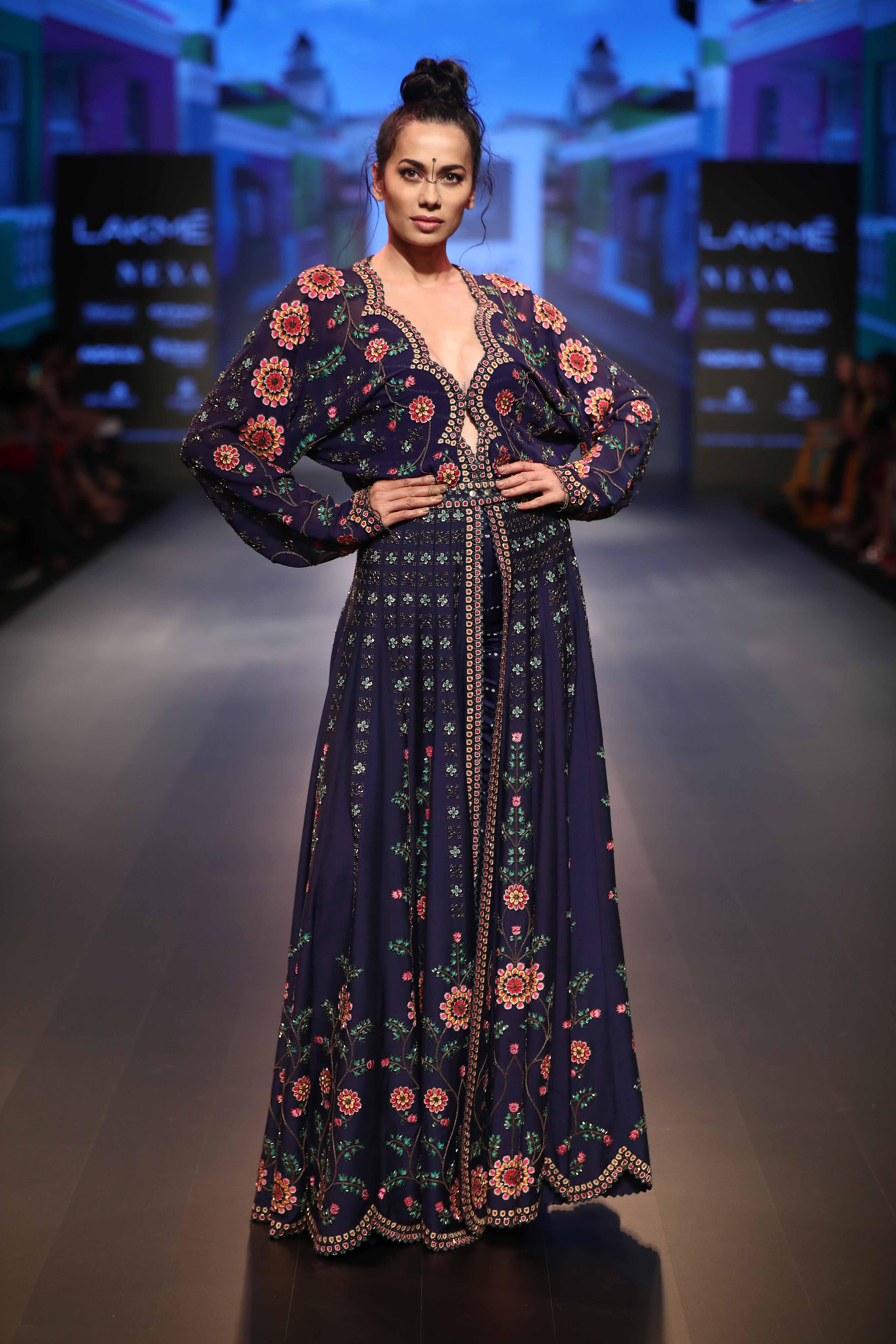 Model poses for Nupur Kanoi at - Lakme Fashion Week Winter Festive 2018