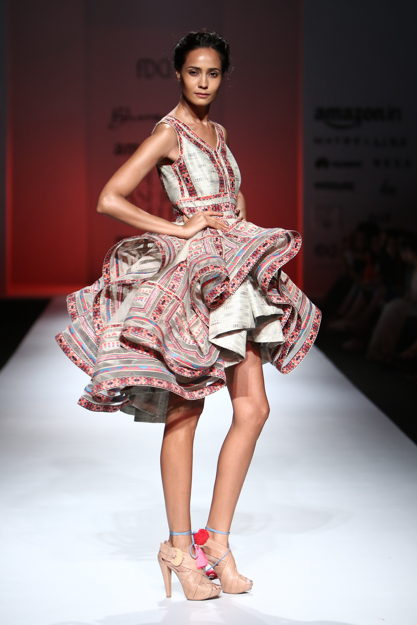 Bhanuni by Jyoti - Amazon India Fashion Week SS17