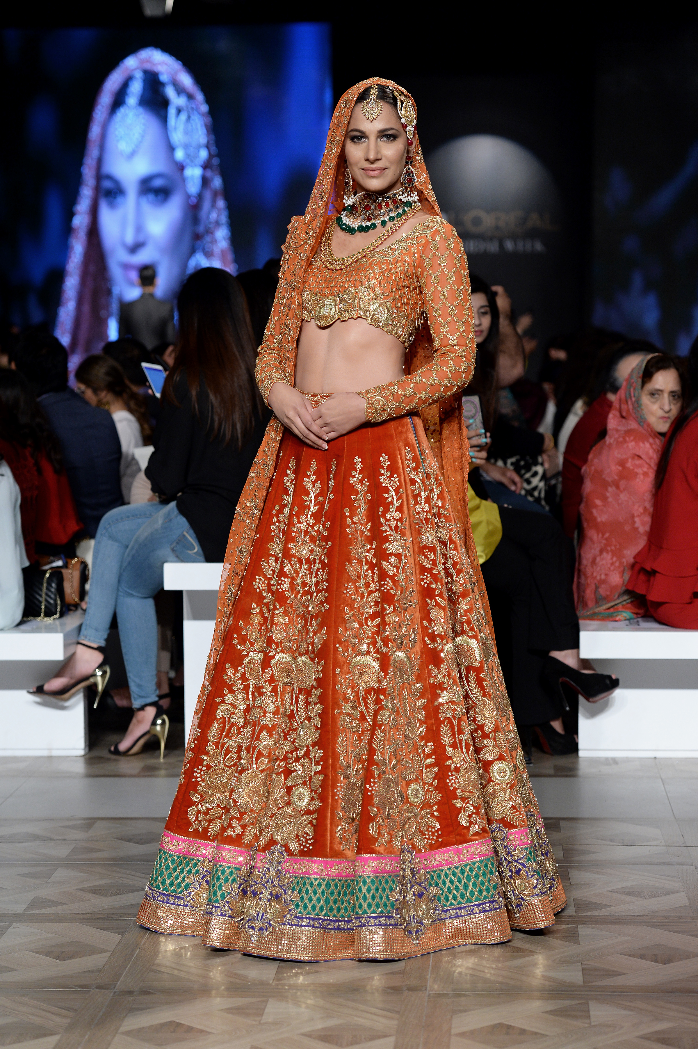 Nomi Ansari - PFDC L'Oréal Paris Bridal Week 2017 - Photography by Faisal Farooqui and his team at DragonFly