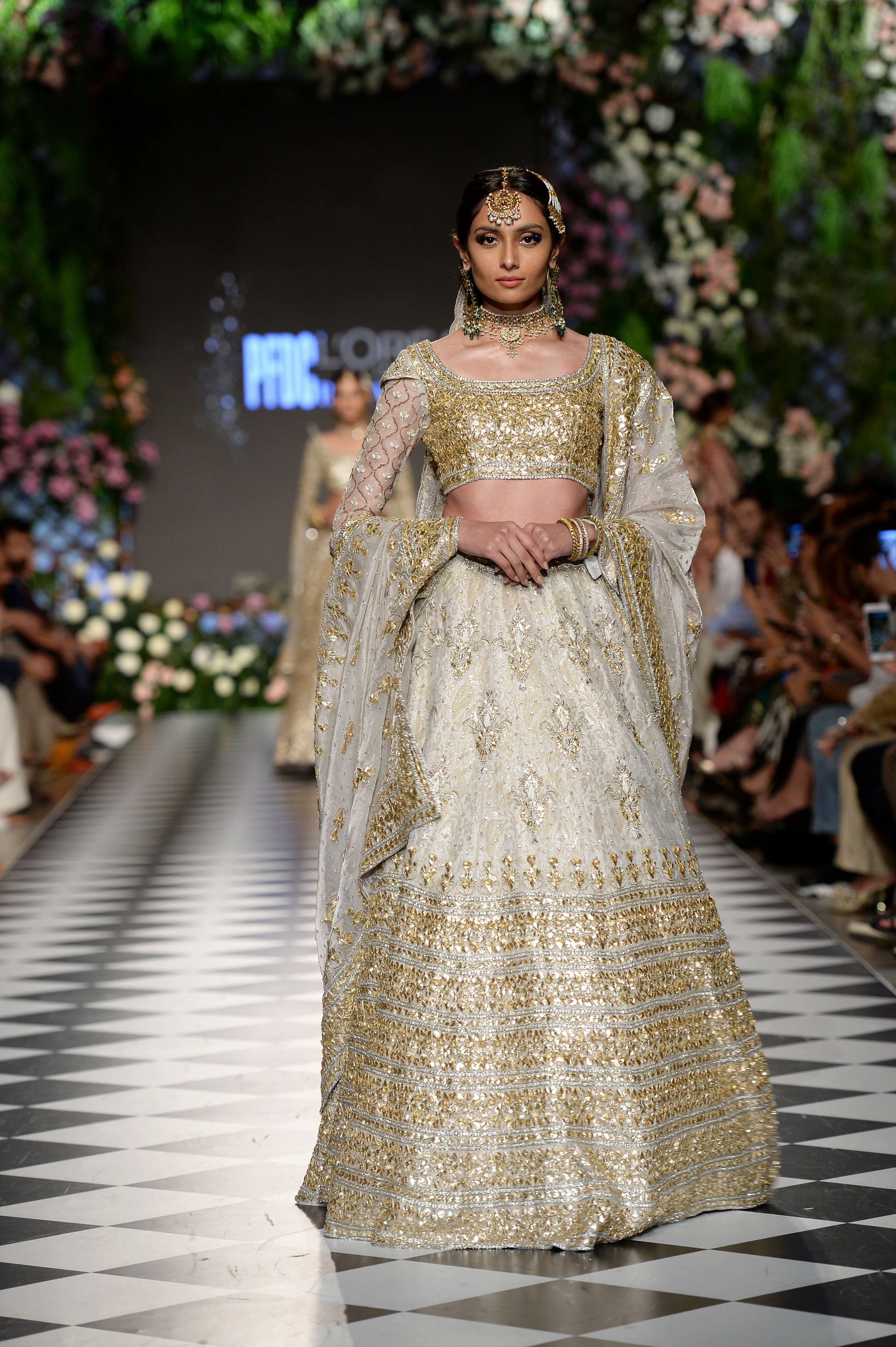 The House of Kamiar Rokni - PFDC L'Oréal Paris Bridal Week 2018 - Photography by Faisal Farooqui and his team at DragonFly