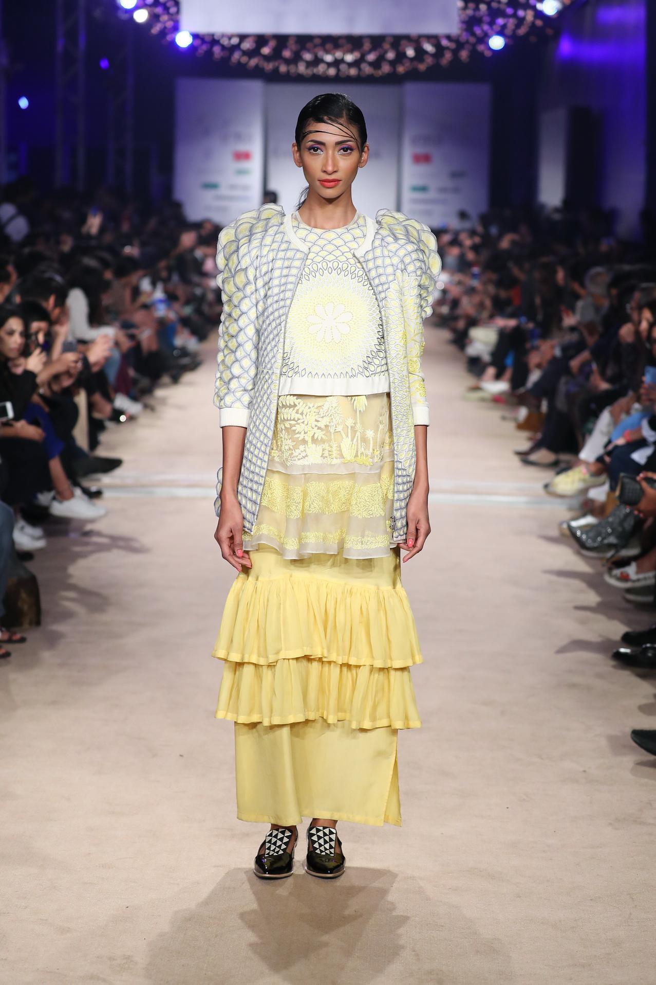 Rahul Mishra Celebrated 10 Years In Fashion At Lotus Make Up India Fashion Week The Fashion Orientalist